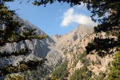 Gorge de Samaria sur l'île de Crète Belles montagnes maximales image stock