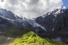 Gorge de Tseyskoe Glacière Photographie stock libre de droits