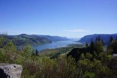 Gorge du fleuve Columbia, Orégon, comme vu de la route historique photographie stock