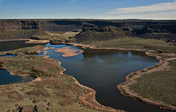 Gorge renversante avec des lacs - séchez les automnes, Washington Images stock