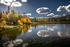 Gorgeous autumn view of the mirror lake of Duck Creek in Dixie National Forest near Cedar Breaks National Monument in Sothern Utah royalty free stock photography