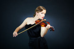 Gorgeous violinist Royalty Free Stock Photos