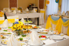 Gorgeous wedding decor on table. With sunflowers Royalty Free Stock Photos
