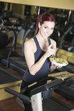 Gorgeous young woman at the gym Royalty Free Stock Images