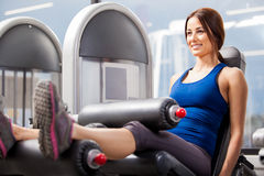 Gorgeous young woman working out Royalty Free Stock Photos