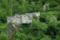 gorges утесы tarn деревушки Стоковая Фотография