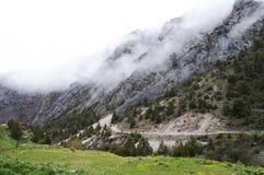 Gorgez Dugoba, Kirghizistan, base s'élevante abandonnée Images stock