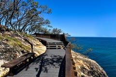 Gorgez la voie de promenade sur l'île du nord de Stradbroke, Australie photographie stock