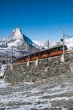Gornergrat-Zug in Zermatt, Schweizer Alpen, die Schweiz stockfotografie