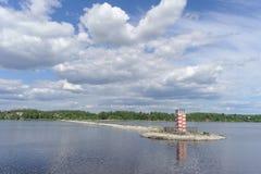 Gorodets, Rosja - Czerwiec 2 2016 Widok brama Gorodetsky Volga rzeka zdjęcie royalty free