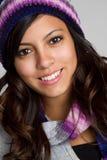 Gorrita tejida del invierno adolescente Foto de archivo libre de regalías