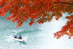 Goshikinuma ou lagoa colorida cinco durante o outono foto de stock