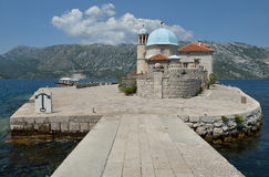 Gospa Od Skprjela en de eilanden Montenegro van Sveti Djordje Stock Foto