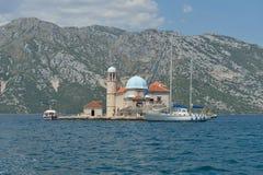 Gospa Od Skprjela en de eilanden Montenegro van Sveti Djordje Royalty-vrije Stock Afbeeldingen