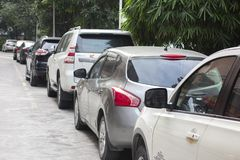 Gospodarstwo domowe samochody w linii zdjęcia stock