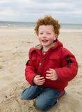 Gosse à la plage Photo libre de droits