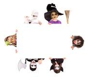 Gosses dans des costumes de Veille de la toussaint Photo libre de droits
