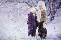 Gosses en hiver Image stock