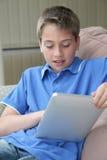 Gosses et technologies neuves Image libre de droits