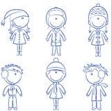 Gosses gais mignons dans des vêtements de l'hiver illustration libre de droits