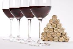 Gosto de vinho vermelho vertical fotos de stock