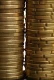 gotówkowych menniczych kolumn euro złoty nadmierny biel Obrazy Royalty Free