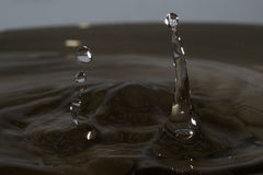 Gota da água com respingo Imagem de Stock