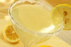 Gota de limón Martini foto de archivo