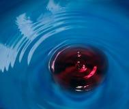 Gota del agua del veneno imágenes de archivo libres de regalías