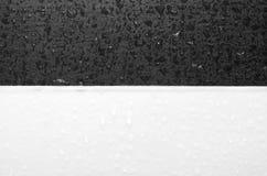 Gotas blancos y negros Imagen de archivo