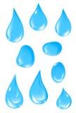 Gotas claras del agua