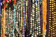 Gotas coloridas hermosas en forma del collar foto de archivo libre de regalías