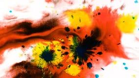 Gotas da pintura da aquarela da tinta em uma folha molhada, pulverizador abstrato psicadélico no papel filme