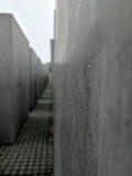 Gotas de agua en el monumento del holocausto foto de archivo libre de regalías