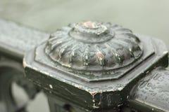 Gotas de agua en la cerca de la barandilla Imagen de archivo