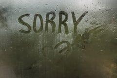 Gotas de agua sobre el vidrio Otoño del abatimiento del dolor de la tristeza foto de archivo libre de regalías