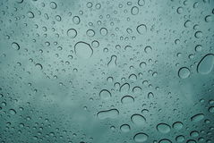 Gotas de la lluvia Fotos de archivo libres de regalías
