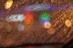 Gotas de la lluvia abstractas sobre el vidrio 07 Imágenes de archivo libres de regalías