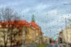 Gotas de lluvia en ventana Imágenes de archivo libres de regalías