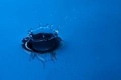 Gotas del agua Imagenes de archivo