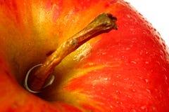 Gotas del agua en manzana Foto de archivo libre de regalías