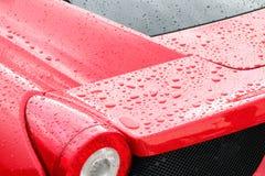 Gotas em um carro desportivo Fotografia de Stock