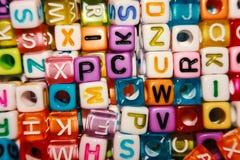 Gotas inglesas de la letra para aprender concepto foto de archivo libre de regalías