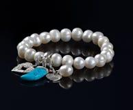 Pulsera del encanto de la perla Imagen de archivo