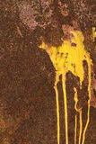 Goteo amarillo Fotos de archivo