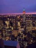 Gotham在晚上 免版税图库摄影