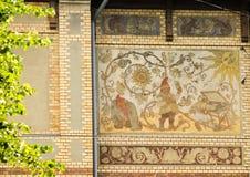 Gothenburg, mosaïque sur une façade de maison image libre de droits
