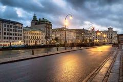 Gothenburg-Stadtbild während der blauen Stunde lizenzfreie stockbilder