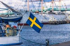 Gothenburg, Zweden - April 14, 2017: Vlag van Zweden in Gothenbur Stock Foto