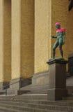 Gothenburg (Zweden) - Standbeelden in roze worden verpakt dat stock afbeeldingen